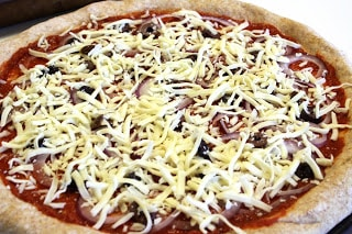 Traveling hubby as well as I are no exception Amazing Whole Wheat Pizza Crust
