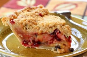 Apple Currant Crumb Pie-2