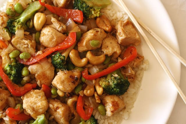 ... Sriracha and chicken all whipped up in less than 30 minutes? Perfect