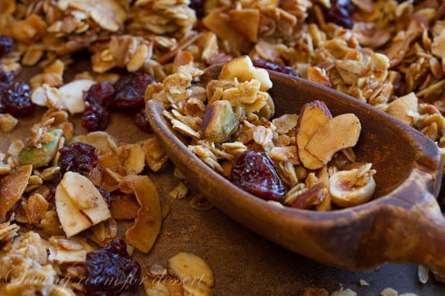 Cherry Nut Granola | I'M IN THE KITCHEN (RECIPES) | Pinterest