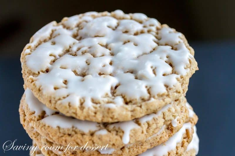 Old-Fashioned Iced Oatmeal Cookies-5