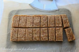 Coconut Cream Pie Larabars-9