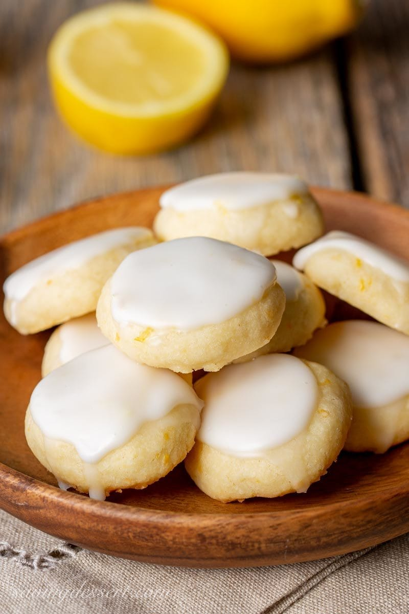 A plate of lemon meltaway cookies