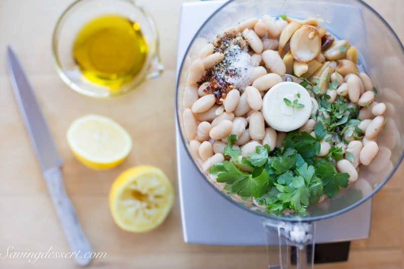 Roasted Garlic White Bean Dip-3