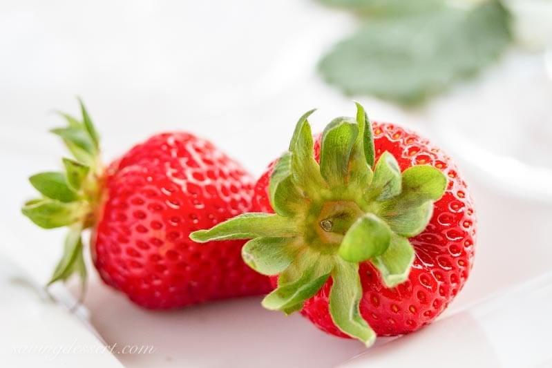 the richness shines through inward this eggless Fresh Strawberry Ice Cream