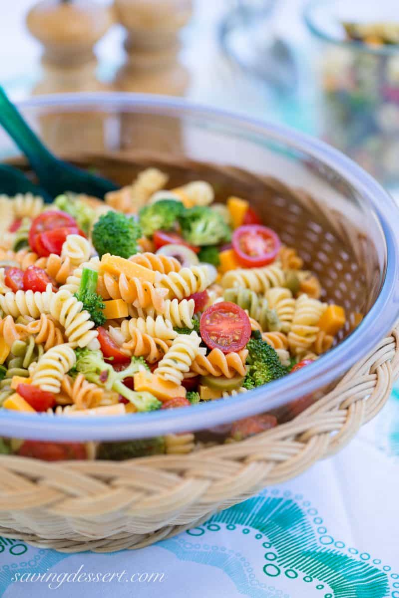 Easy pasta salad with tomatoes, cheese and broccoli