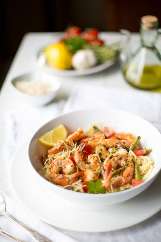 Shrimp Scampi with Asparagus and Tomatoes-2