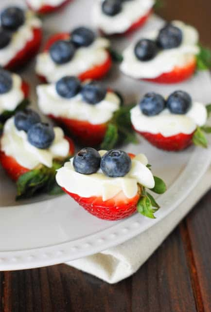 Red-White-and-Blue-Strawberry-Cheesecake-Bites 1