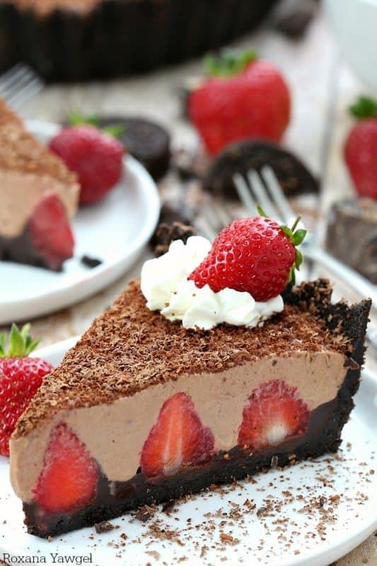 no-bake-strawberry-chocolate-pie-recipe-3
