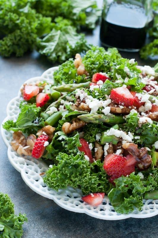 strawberry-kale-salad-pecans-asparagus-feta-strawberry-balsamic-salad-recipe-680-0983