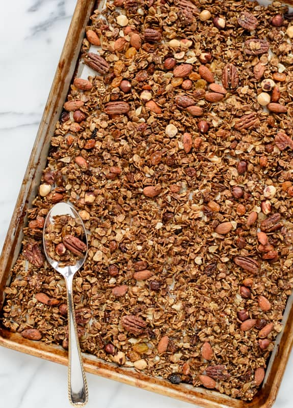 Gingerbread Granola - The best healthy granola recipe with nuts and spices
