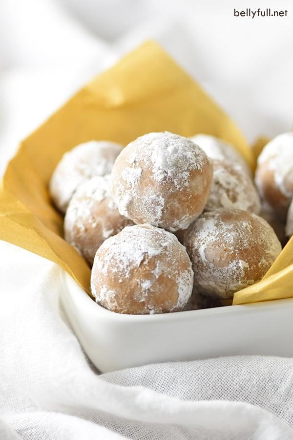 Easy Gingerbread Truffles
