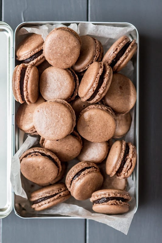 Gingerbread and Chocolate Macarons