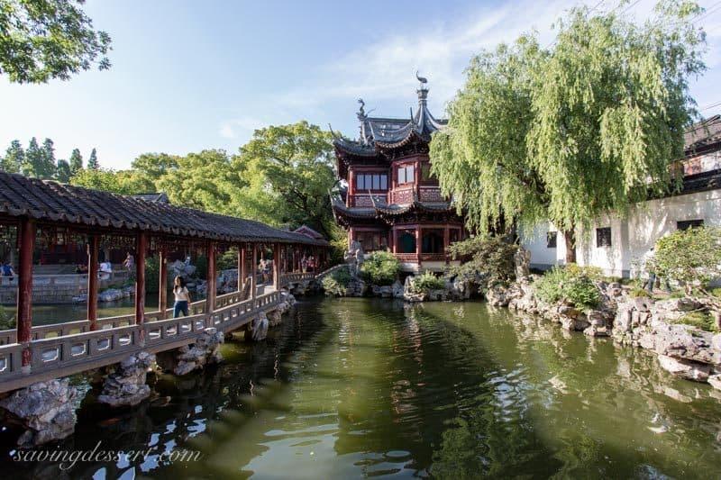 Yuyuan Garden, Shanghai China www.savingdessert.com