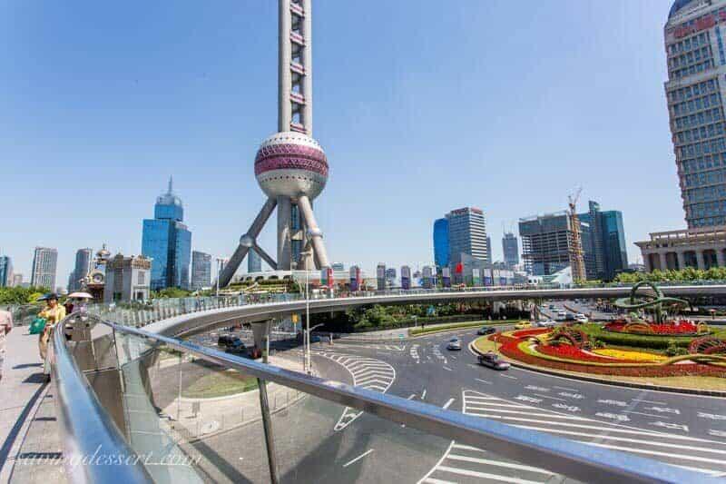 Circular pedestrian roundabout in Shanghai, China www.savingdessert.com
