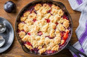 Easy Plum Cobbler
