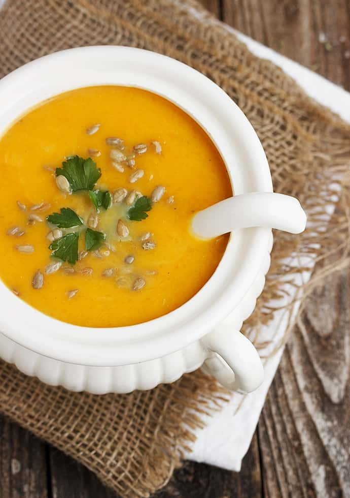 23 Delicious Soup Recipes perfect for fall cooking that will warm your bones, and fill you up with fresh, healthy, seasonal ingredients. savingdessert.com #savingroomfordessert #soup #healthysoup