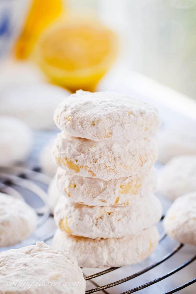 Lemon Coolers Cookies with lemons
