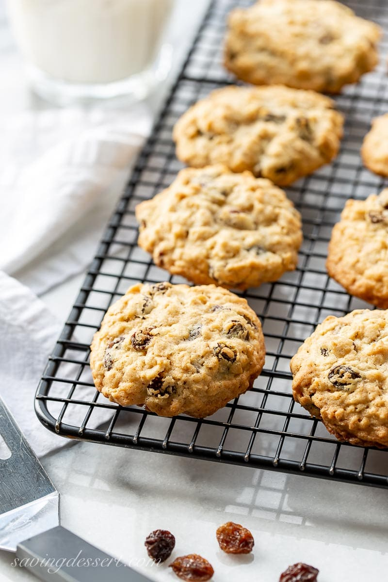 A cooling rack with oatmeal raisin cookies